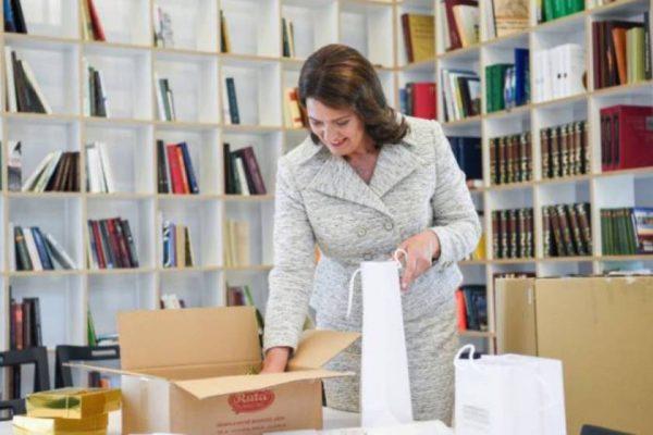 Լիտվայի առաջին տիկինը նվերներ է ուղարկել հայ մանուկներին