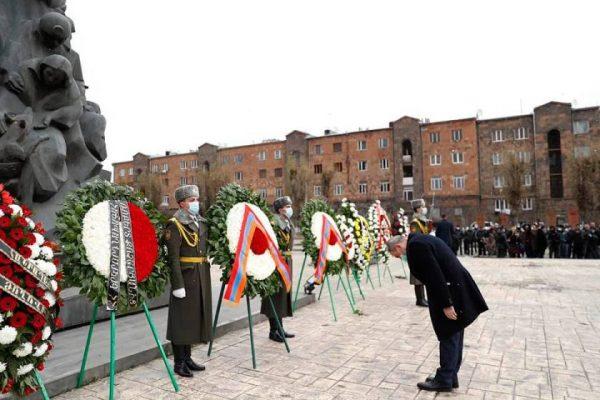 Գյումրիում հարգանքի տուրք մատուցվեց երկրաշարժի անմեղ զոհերի հիշատակին